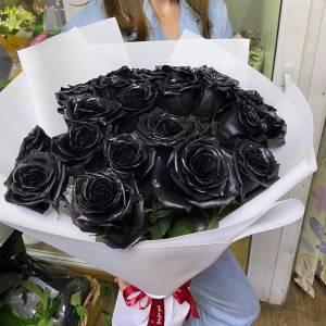 Букет 15 черных роз с лентой R819