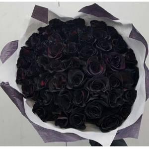 Букет 39 черных роз с оформлением R837