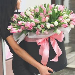 Большая коробка цветов, 151 тюльпан R1142